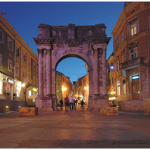 Golden gate in Pula